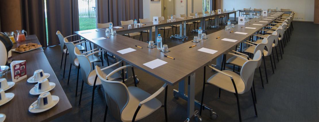 Disposition salle de reunion 28 images salles de r 233 for Reglementation capacite salle de reunion